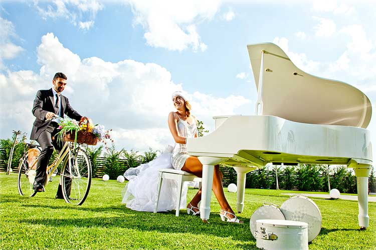 Wedding Piano AVANT GARDE Events